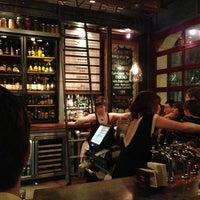 Das Foto wurde bei Leon's Full Service von Susan A. am 1/26/2013 aufgenommen