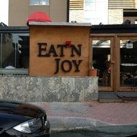 2/24/2013 tarihinde TRKN S.ziyaretçi tarafından Eat'n Joy Mangal'de çekilen fotoğraf
