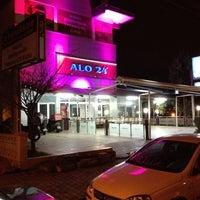 12/8/2012 tarihinde TRKN S.ziyaretçi tarafından Alo 24 Pide & Kebap'de çekilen fotoğraf