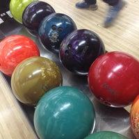รูปภาพถ่ายที่ Rolling Ball Bowling โดย Ahmed A. เมื่อ 6/1/2013