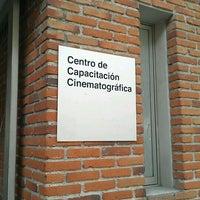 Das Foto wurde bei Centro de Capacitación Cinematográfica, A.C. (CCC) von CCC am 3/26/2012 aufgenommen