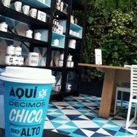 Foto tomada en Cielito Querido Café por DiWi H. el 1/7/2012
