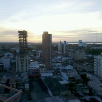 รูปภาพถ่ายที่ InterTower Hotel โดย Pepe E. เมื่อ 11/25/2011