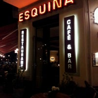 Foto diambil di Cafe Esquina oleh Henrik S. pada 9/23/2011