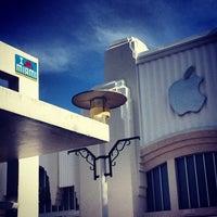 8/30/2012にGreen J.がApple Lincoln Roadで撮った写真