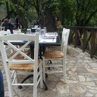 Das Foto wurde bei Mala fabrika ukusa von Aleksandar J. am 4/22/2012 aufgenommen