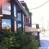 8/21/2012にDave S.がPhoebe's Restaurant and Coffee Loungeで撮った写真