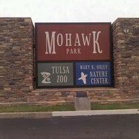 Foto tomada en Tulsa Zoo por Joe K. el 5/20/2012