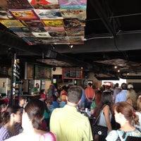 Das Foto wurde bei Taco Joint von Chris R. am 6/10/2012 aufgenommen