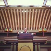 รูปภาพถ่ายที่ Frank Lloyd Wright's Unity Temple โดย Brennan W. เมื่อ 3/29/2012