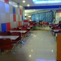 Foto tomada en Burger King (Caudalia) por Yolanda P. el 6/9/2012