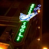 Foto tirada no(a) Molly Cool's Seafood Tavern por Adan H. em 10/9/2011