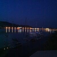 Das Foto wurde bei Strada Marina Hotel von Thodoris S. am 8/2/2012 aufgenommen