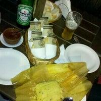 Foto tomada en La Abuela - Casa de empanadas por Berger M. el 3/26/2012