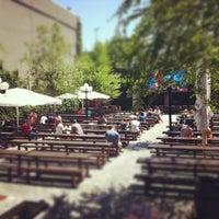 Das Foto wurde bei The Garden at Studio Square von Jess H. am 5/19/2012 aufgenommen