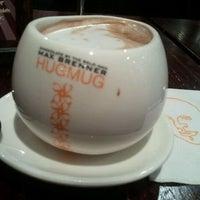 8/21/2011にPhuong H.がMax Brenner Chocolate Barで撮った写真