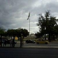 Foto tirada no(a) Praça da Bandeira por Leonardo N. em 12/16/2011