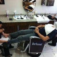รูปภาพถ่ายที่ Barbearia Clube โดย Edgar W. เมื่อ 3/24/2012