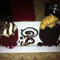 Foto scattata a Crave Dessert Bar da Candy C. il 3/30/2011