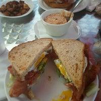 7/22/2012にHeather H.がLiza's Kitchenで撮った写真