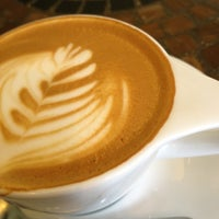Foto tomada en Transcend Coffee por cHAd j. el 4/4/2012