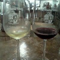 Foto tirada no(a) San Sebastian Winery por Robyn H. em 6/22/2012