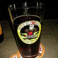 Foto tomada en K. C. Branaghan's Irish Pub por J C. el 9/7/2011