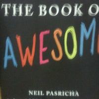 Foto scattata a Barnes & Noble da Sandra L. il 9/12/2011