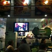 7/29/2012にRodrigo G.がSalvator's Pizzaで撮った写真