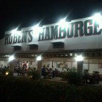 8/14/2012にCony R.がRuben's Hamburgersで撮った写真