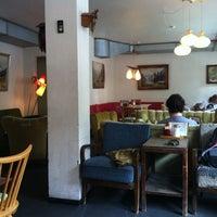 รูปภาพถ่ายที่ Trachtenvogl โดย jp k. เมื่อ 8/25/2012