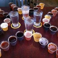 Foto scattata a Triumph Brewing Company da Julia E. il 8/11/2012