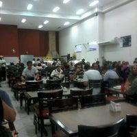 Foto tirada no(a) Paulinhos Grill por José Z. em 6/10/2012
