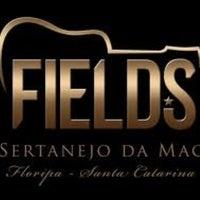 Photo prise au Fields par Edison B. le8/30/2012