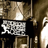 Foto scattata a Nuyorican Poets Cafe da The Inspired Word NYC il 9/4/2012