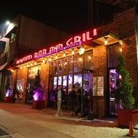 Foto diambil di Inwood Bar and Grill oleh Eddy P. pada 6/29/2017