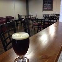 รูปภาพถ่ายที่ Firefly Hollow Brewing Co. โดย AKD320 เมื่อ 11/22/2013