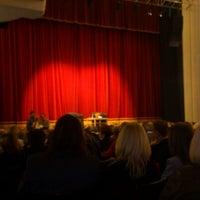 Photo prise au Théâtre Saint-Michel par Pascale G. le10/25/2012
