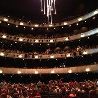 9/22/2012 tarihinde Tobye N.ziyaretçi tarafından AT&T Performing Arts Center'de çekilen fotoğraf