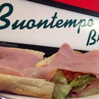 2/18/2014にKevin A.がBuontempo Bros Pizzaで撮った写真