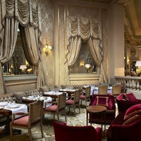 3/5/2014 tarihinde El Palace Hotel Barcelonaziyaretçi tarafından El Palace Hotel Barcelona'de çekilen fotoğraf