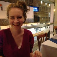 Снимок сделан в Robert Emmet's Restaurant пользователем Stephanie R. 12/20/2012