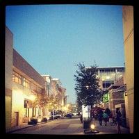 Foto tirada no(a) CityCentre por Mark S. em 12/2/2012