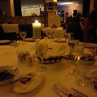 3/1/2013 tarihinde Ömer Hakan B.ziyaretçi tarafından Marla Restaurant'de çekilen fotoğraf