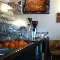2/16/2013 tarihinde Andreas B.ziyaretçi tarafından bagel, coffee & culture'de çekilen fotoğraf