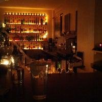 Das Foto wurde bei Toast Bar von Maria O. am 11/21/2012 aufgenommen