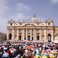 Foto diambil di Piazza San Pietro oleh Maximilian S. pada 5/1/2013