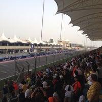 Das Foto wurde bei Bahrain International Circuit von Sridharan V. am 4/21/2013 aufgenommen