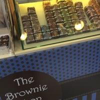 Foto diambil di The Brownie Shop oleh Carla Pousada A. pada 11/16/2015