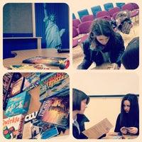 12/20/2012にIoanna B.がАмериканська бібліотекаで撮った写真